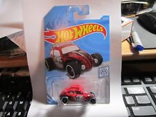 Custom Volkswagen Beetle #69 Volkswagen 2019 Hot Wheels Case C WORLDWIDE