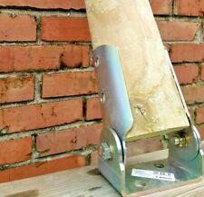 Supporto inclinabile zincato per pali tondi in legno di diametro 8/10/12 cm