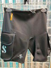 Scubapro Hybrid Men's 1mm Cargo Shorts Tech Pockets Brand New Size M!