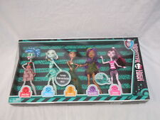 Monster High 5 Dolls Frankie Cleo Clawdeen Ghoulia Draculaura Skull Shores NIB