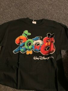 Walt Disney World 2008 T-shirt Medium new with tag