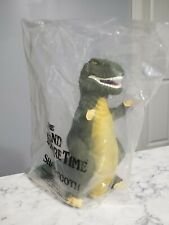1988 Pizza Hut Land Before Time Sharptooth Dinosaur Hand Puppet w/ Packaging