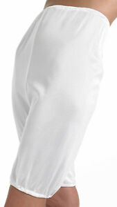 WALKER REID DIRECTOIRE PLAIN SMOOTH KNICKERS, WR 9300 IN PEACH OR WHITE