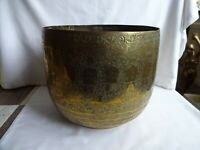Vintage Chinese Engraved Large brass  planter / Jardiniere Height 22 x 26