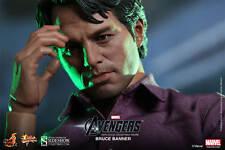 """Sideshow Hot Toys 12"""" 1/6 Marvel Avengers Bruce Banner Hulk Action Figure"""