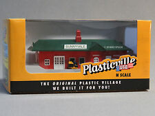 BACHMANN N SCALE PLASTICVILLE PASSENGER STATION n gauge train track side 45908