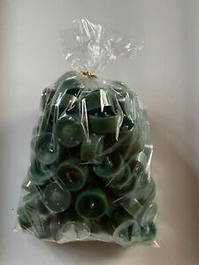 100 x dänische Teelichter dunkelgrün  im Acrylcup ca 4 Std  Brenndauer Gastro