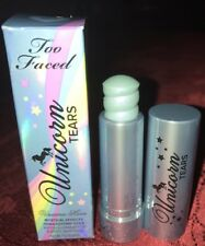 TOO FACED Unicorn Highlighting Stick – Life's A Festival COLOR: Unicorn Tears