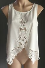 Pre-owned RUMOR BOUTIQUE White Sleeveless Lace Trim Asymmetric Hem Top Size 8