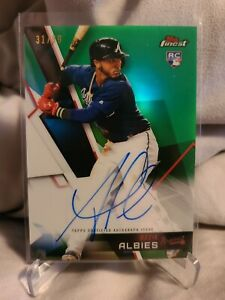 2018 Topps Finest Ozzie Albies Green Refractor Auto RC /99 Atlanta Braves Rookie