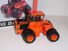 1/32 Big Bud 525/84 High Detail 4WD Industrial Tractor W/Duals & Cruiser Cab NIB