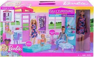Barbie Ferienhaus Mattel Puppenhaus Traumhaus + Puppe + Möbel + Tragegriff NEU
