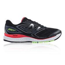 Scarpe sportive neri marca New Balance strada