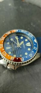 Seiko 7002 divers watch. Save the ocean dial Blue and red Pepsi bezel. Serviced