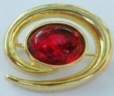broche bijou style vintage tourbillon couleur or cabochon rouge * 56