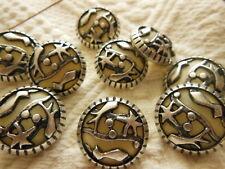 set de 10 botones beis plata calado pie couture 2,2 cm
