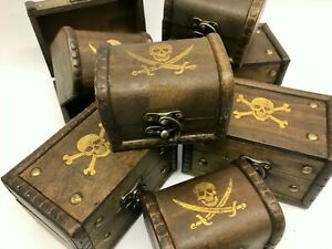 Clearance Jolly Roger/ Skull & Crossbones Pirate Treasure Chest Christmas Box