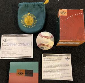 Derek Jeter NY Yankees UDA Signed Autographed Baseball Upper Deck Authenticated