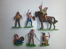 6 alte Elastolin Kunststoff Steckfiguren mit Metallsockel Wildwest Indianer 7cm