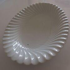 Plat en porcelaine blanche art nouveau