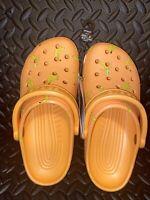 NEW Crocs Classic Vacay Vibes Banana Clog Shoes Women's Sz 6 - Orange 206375-801