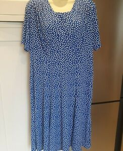 AMBER DRESS size 16 . Blue And White Spot. Excellent Pre Owned Condition