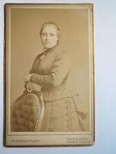 Taus-Klattau Bischof Teinitz - stehende Frau im Kleid / CDV