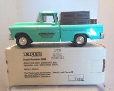 Vintage 1955 Chevy Cameo Pickup Truck Bank ERTL Classic Motorbooks 7539 Advertis