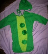 Baby Bunting Green Peas Pod Newborn Forum NIP hood bottom open garden costume