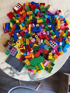 GROS LOT DE VERITABLE PIECES DE LEGO DUPLO EN VRAC  +++  ENVIRON 4 KILOS