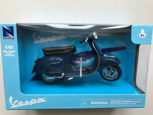 Vespa 125 ET3 Primavera blau, NewRay Roller Modell 1:12