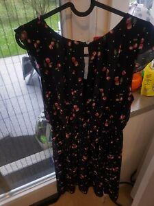 Kleid Gr. M von Hollys