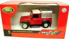 ERTL BRITAINS 1:32 AUTO DIE CAST  LAND ROVER 90 WITH CANOPY 42732