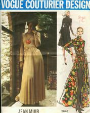 "1972 Vintage VOGUE Sewing Pattern B34"" SHORTS & PANTS (1877R) BY JEAN MUIR"