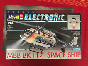 Revell Electronic 8019 MBB BK 117 Space Ship 1/32