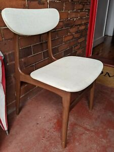 Mid century Parker style dining chairs excellent original condition