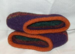 Handmade knit felted 100% wool woman's slippers size 8 - 8.5 Fiesta clogs dorm