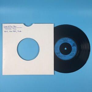 "Jethro Tull - Living In The Past (1976) 7"" Vinyl Record Chrysalis CHS 2081"