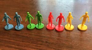 Mall Madness Board Game Parts Replacement Plastic People Red Blue Green Yellow