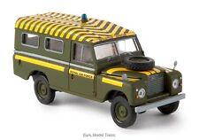 Brekina - 13764 Land Rover 109 RAF SOCCORSO ALPINO SCALA 1:87.