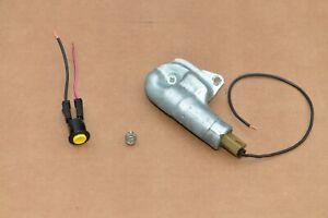 GM GBODY Original power remote trunk release lock solenoid w/ button 20052845