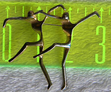 R U a dance teacher or dancer or do you know 1? Great brooch pin of 2 dancers
