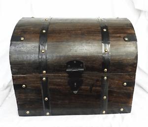 Large Chunky Locking Solid Wooden Trunk / Treasure Chest Style Box - BNIB