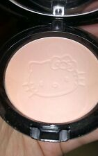 Mac limited edition Hello Kitty beauty powder in Tahitian Sands