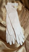 Vintage 1960s Grandoe 100% Nylon Tan Womens Evening Gloves New With Tag One Size
