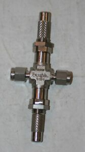 "1/8"" Tube 316ss Low Flow Double Pattern Metering Valve Swagelok SS-SS2-D"