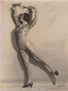"""3 Aufnahmen einer Tänzerin vom Fotografen """"Princess Yvonne, London"""",30er Jahren"""