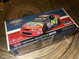 Sealed!  NASCAR JEFF GORDON # 24 DUPONT 1998 DARLINGTON RACE WIN 1/24 CAR