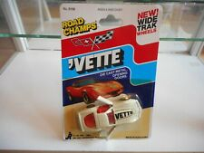 Road Champs Corvette Vette in White on Blister