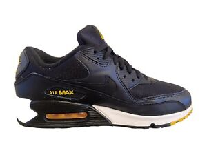 Nike Air Max 90 Essential Trainers Black Size 9